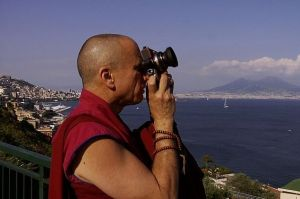 monk-with-a-camera.10145912.87